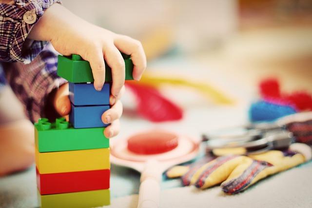 klocki zabawka edukacyjna